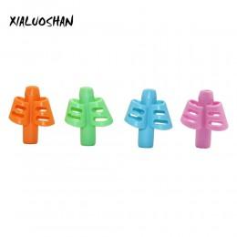 3 kolory dwa palce miękki klej Pen Grip przyjazny dla środowiska miękki klej pisanie narzędzie do korekcji dziecko Wobi Pen Grip
