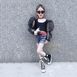 Letnie dziewczyny t shirt dziecko krótki top dzieci krótka koszulka dzieci streetwear ubrania modna siatka łatka puff z długim r
