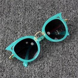 Beautyeye 2018 okulary przeciwsłoneczne dla dzieci dziewczyny marka kocie oko dzieci okulary chłopcy UV400 obiektyw dziecko okul