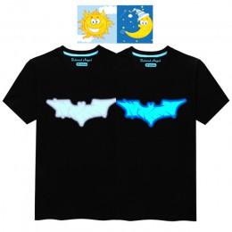 100% bawełna dzieci lato fluorescencyjne T Shirt chłopcy dziewczęta Anime 3D wzór Luminous w nocy dzieci z krótkim rękawem T-shi