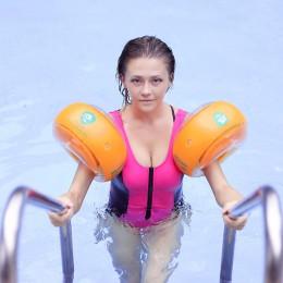 Nadmuchiwane dzieci pływać ramię pływaki dla dorosłych dzieci rękawy nadmuchiwane koło opaski koło pierścień do włosów trener ba